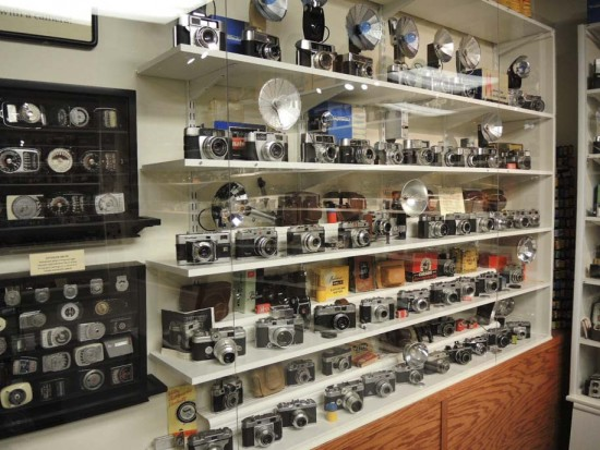 The-ultimate-vintage-camera-collection-10