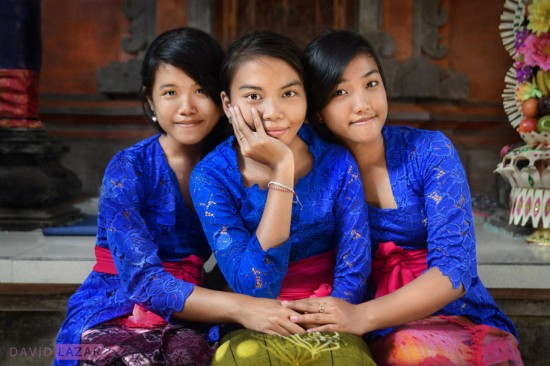 David-Lazar---Three-Balinese-Girls-916
