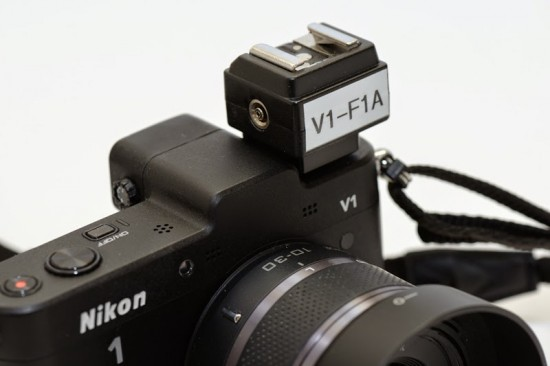 V1-F1A flash adapter for Nikon 1 V1 camera