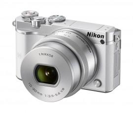 Nikon 1 J5 mirrorless camera 1