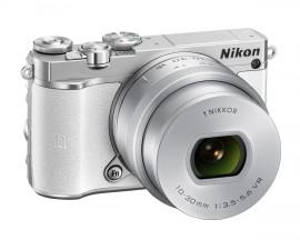 Nikon 1 J5 mirrorless camera 2