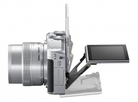 Nikon 1 J5 mirrorless camera 4