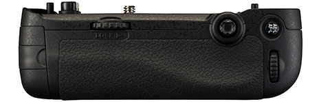 Nikon-MB-D16-battery-grip-for-D750-back