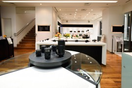 Nikon Plaza Ginza showroom and service center 3