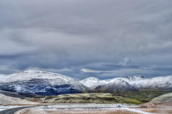 Mountain Range somewhere NE of Reykjavik