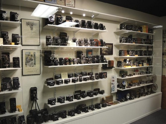 The-ultimate-vintage-camera-collection-8-550x413