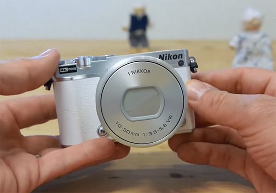Nikon-1-J5-mirrorless-camera-review