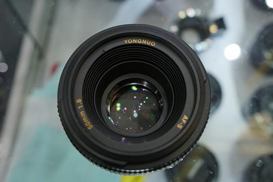 Yongnuo AF-S 50mm f:1.8 lens for Nikon F mount 3