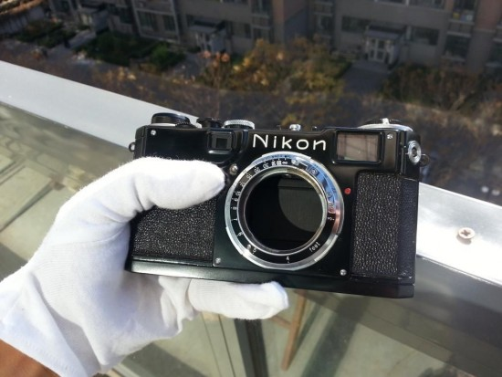 Nikon S2 black paint camera with 50:1.4 lens