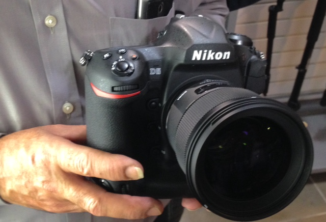 First Pictures Of The Nikon D5 Dslr Camera Nikon Rumors