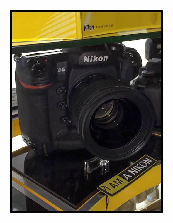 Nikon Rumors ปล่อยรีวิว 200-500 และ 300PF - YouTube