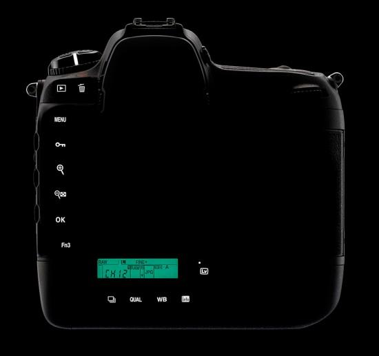 Nikon-D5-back-lights