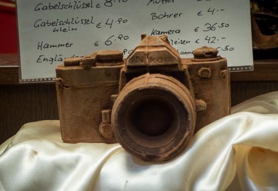 chocolate-Nikon-F-camera