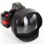 Nikonos RS camera with 18mm f2.8 UFS-AF lens4