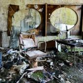 06-Pripyat-hairdresser