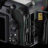 Nikon-D500-Double-SD-XQD-memory-cards-slot