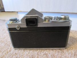 Nikon F camera with cloth shutter curtain2