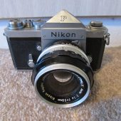Nikon F camera with cloth shutter curtain4