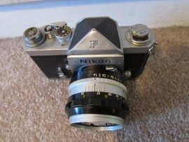 Nikon F camera with cloth shutter curtain5