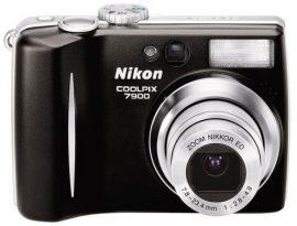 Nikon Coolpix 7900 camera