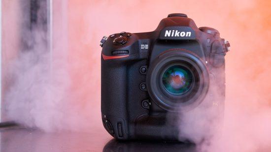 Nikon D5 SB-5000 hands-on