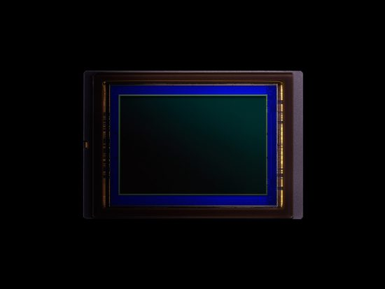 Nikon D5 CMOS sensor made by Sony