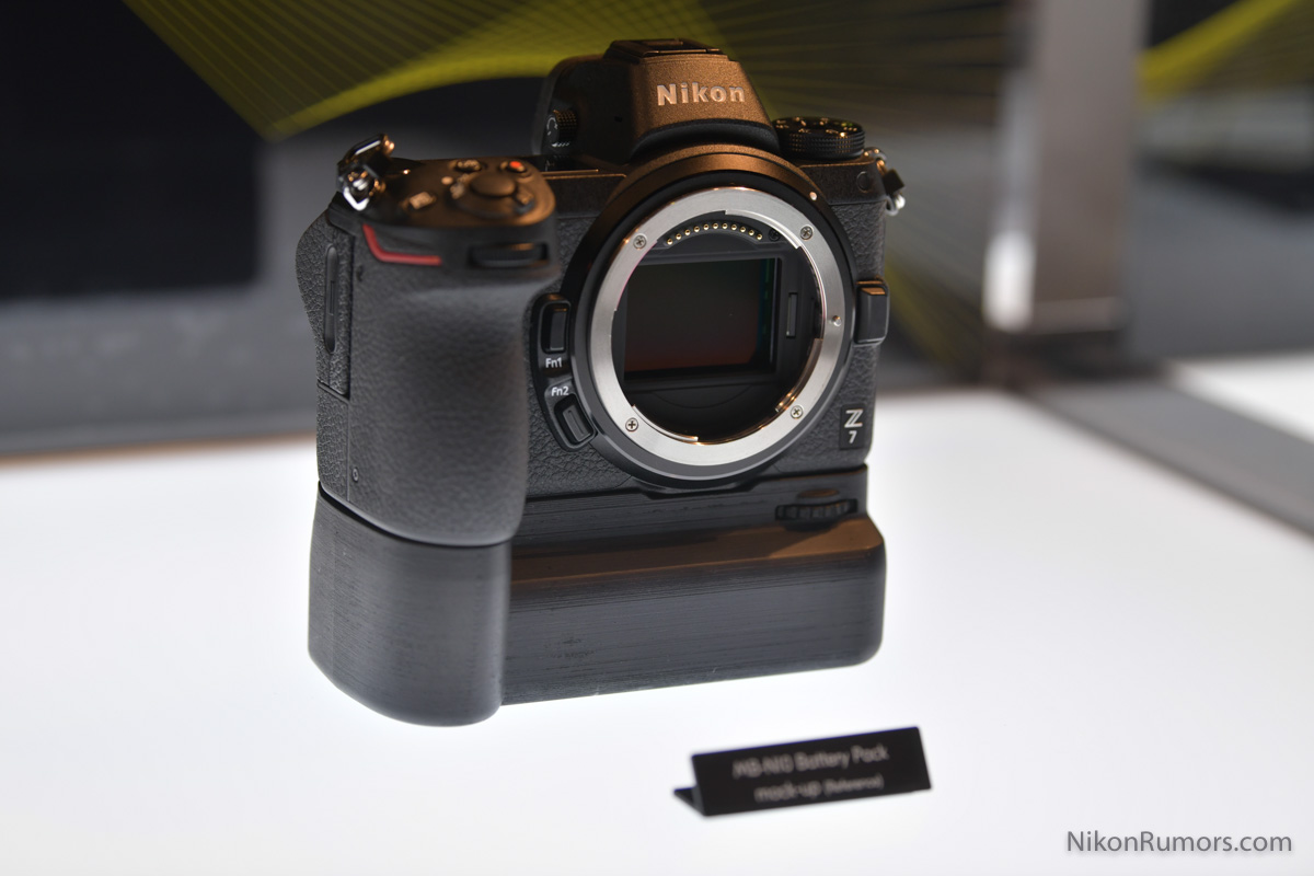 Nikon-MB-N10-battery-grip3.jpg