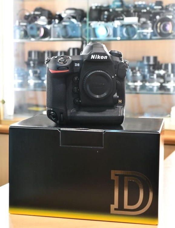 Nikon D6 now shipping, manual available online