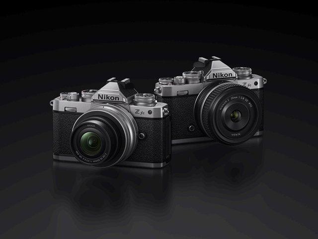 """Fotocamera Nikon Z fc e obiettivo Nikkor Z 28mm f/2.8 in ritardo a causa di """"un gran numero di prenotazioni oltre le aspettative"""""""